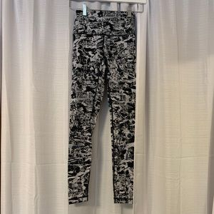 Full length lululemon leggings size 4